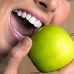 Стоит ли ставить люминиры на зубы?