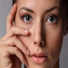 Что предпринять если появились синяки под глазами