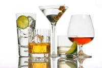 Пол рюмки алкоголя в день повышают риск рака прямой кишки на 52%.